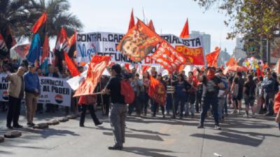 Chilean trade unions protest government.
