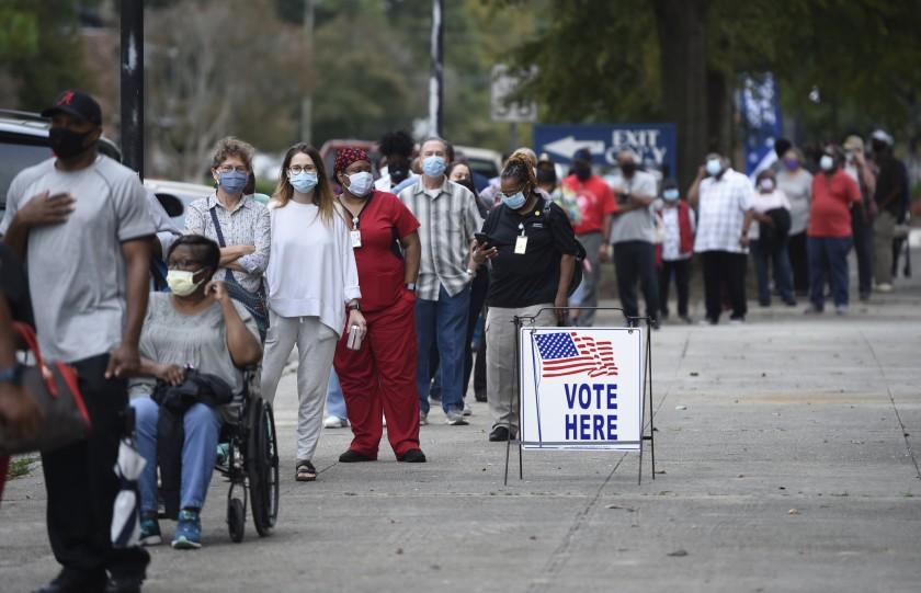 Georgia voters wait in line