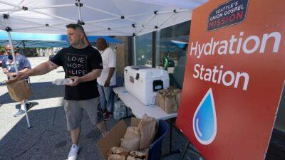Mutual aid hydration station