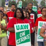 UAW GM strikers